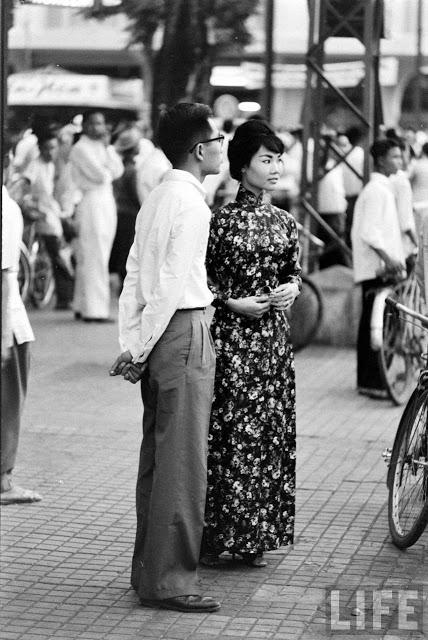 Trang phục người Saigon năm 1961. Nguồn: Tạp chí LIFE.