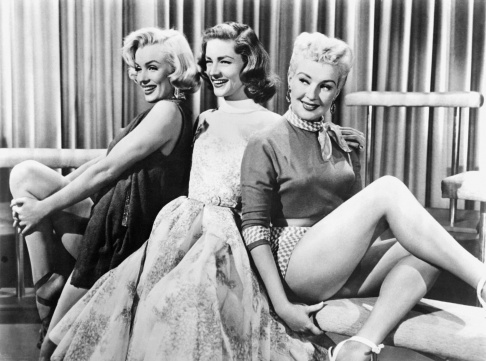 """Marilyn Monroe, Lauren Bacall và Betty Grable trong phim """"How to Marry a Millionaire"""". Photo: AFP"""