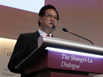Ông Nguyễn Tấn Dũng tại Shangri-La Dialogue, Singapore May 31, 2013. Nguồn: Reuters/Edgar Su