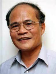 Nguyễn Sinh Hùng. Có thể thay Dũng? Nguồn ảnh: cimsi.org.vn
