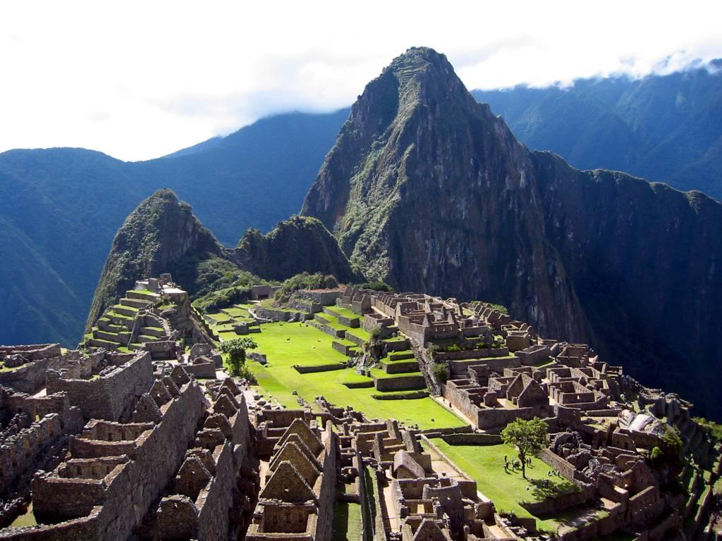 Di sản văn hoá Inca (từ thế kỷ XV): Machu Picchu hay Machu Pikchu. Nguồn: OntheNet