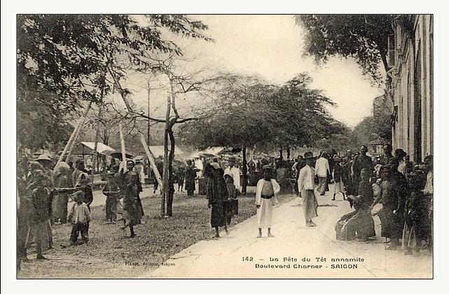 Chợ Tết trên ĐL Charner. Nguồn: flickr.com/manhhai