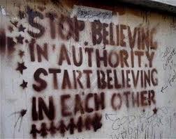 Đừng tin quyền lực; hãy tin nhau. Bfuoofn: OntheNet