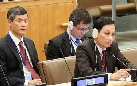 Đại sứ Lê Hoài Trung (ngoài cùng bên phải) tại LHQ. Nguồn:  TTXVN