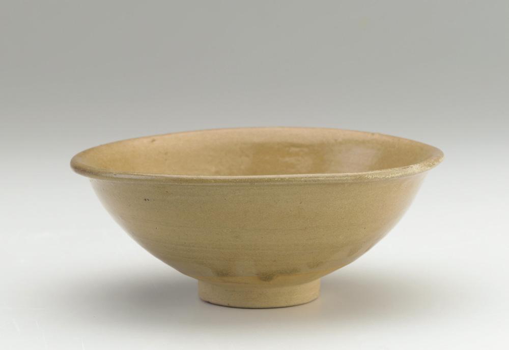 Bát gốm Gò Sành, thế kỷ 14th-15th, thời đại Vijaya. Origin: Go Sanh kilns, Binh Dinh province, Central Vietnam