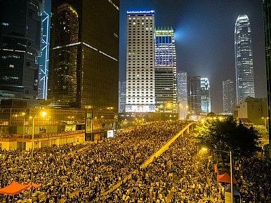 Cách mạng Dù ở Hong Kong. Ảng: The Diplomat.