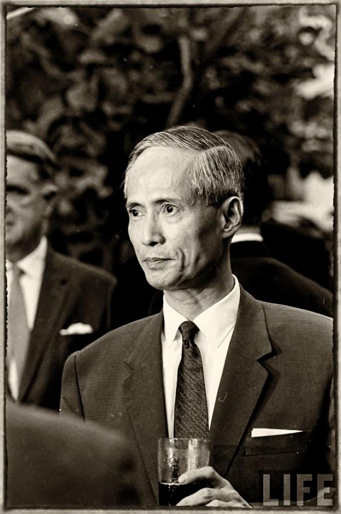 Thủ tướng Phan Huy Quát, 1965. Nguồn: LIFE Magazine