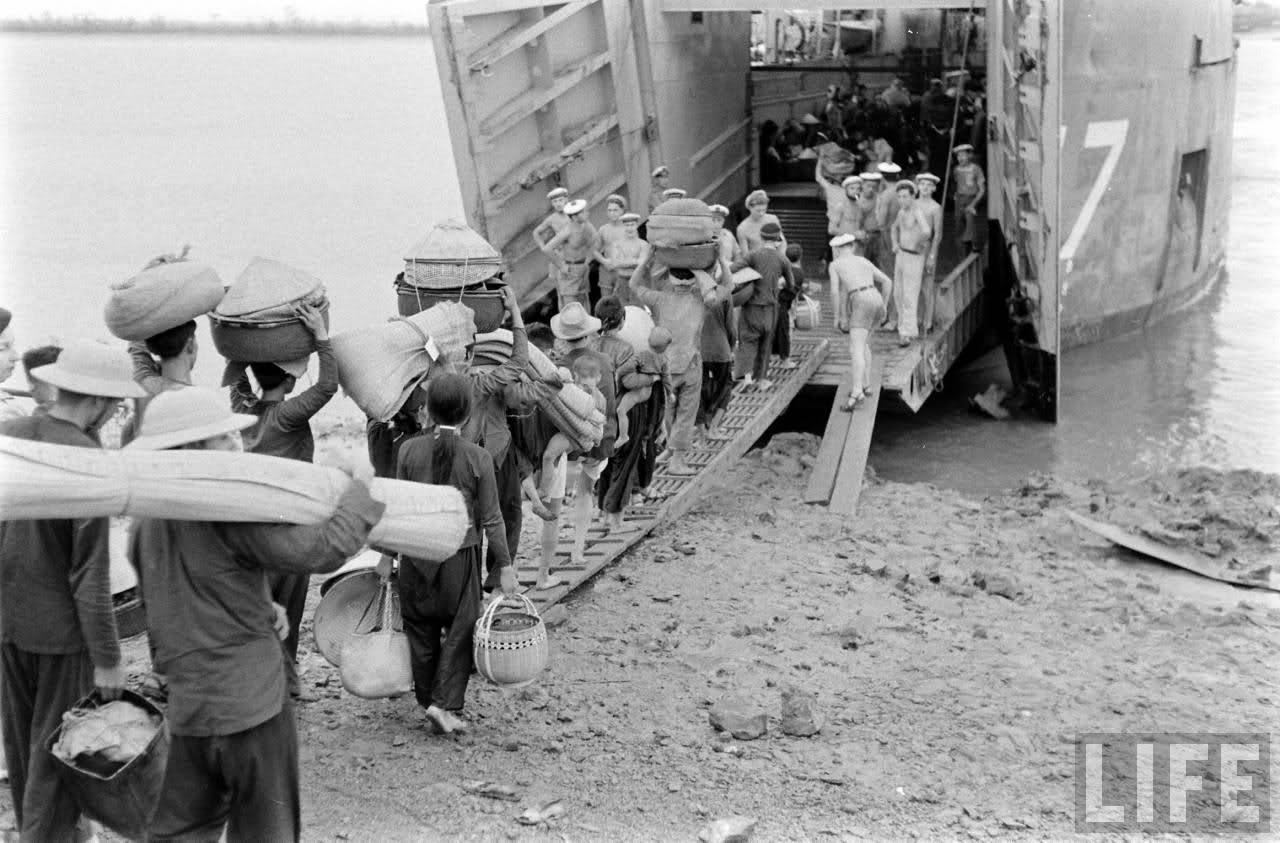 Di cư  vào Nam 1954-55. Nguồn: LIFE magazine