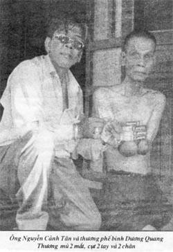 TPB Dương Quang Thương và tác giả Nguyễn Cảnh Tân. Nguồn: Báo Việt Luận