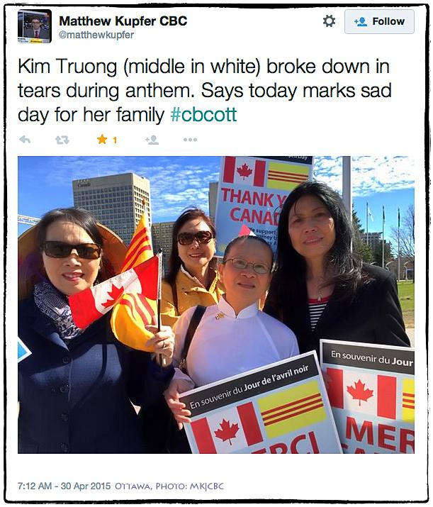 Gia đình bà Kim Trương. Bà Kim đã bật khóc trong tiếng quốc thiều, nhớ lại ngày này 40 năm trước. Ottawa, 30/4/2015. Ảnh: MK|CBC