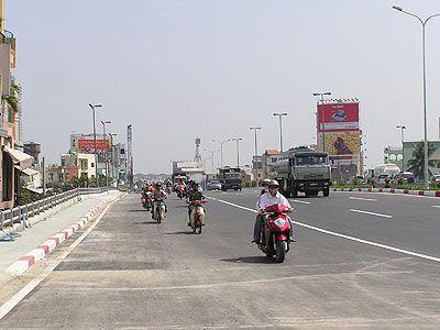 Cầu xa lộ (cầu Tân Cảng, nay là cầu Sài Gòn) Nguồn: planic.org.vn