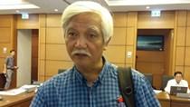 Ông Dương Trung Quốc: Cha ông dạy ta hòa hiếu với nguyên tắc vững chủ quyền.