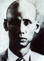 N.A.Q. khoảng năm 1934 khi ra tù, trở lại Moskva.