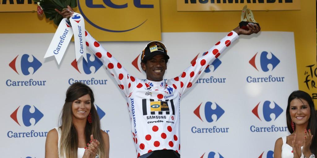 09 tháng 7 2015 - Daniel Teklehaimanot cho biết ông đã đạt được mục tiêu của mình sau khi bẫy Tour de France polkadot jersey từ Joaquim Rodriguez hôm thứ Năm. Nguồn: AFP / Yuzuru Sunada
