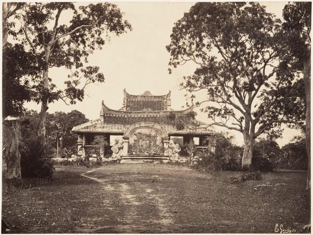 Lăng Cha Cả, khoảng năm 1866. Nguồn: Emile-Gsell/Redsvn