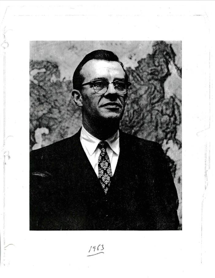 Roger Hillmans, Jr. Hình chụp năm 1963 kèm theo bản chép lại cuộc phỏng vấn ngày 17/8/1970  vpwsi Denis J. O'Brien cho Thư viện JFK.