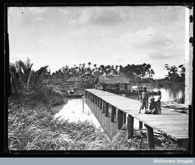 River-bridge, Saigon. Nguồn: Wellcome Library, London. Wellcome Images images@wellcome.ac.uk http://wellcomeimages.org Saigon, Cochin China [Vietnam]. Photograph by John Thomson, 1867. 1867 By: J. ThomsonPublished: 1867. Copyrighted work available under Creative Commons Attribution only licence CC BY 4.0 http://creativecommons.org/licenses/by/4.0/