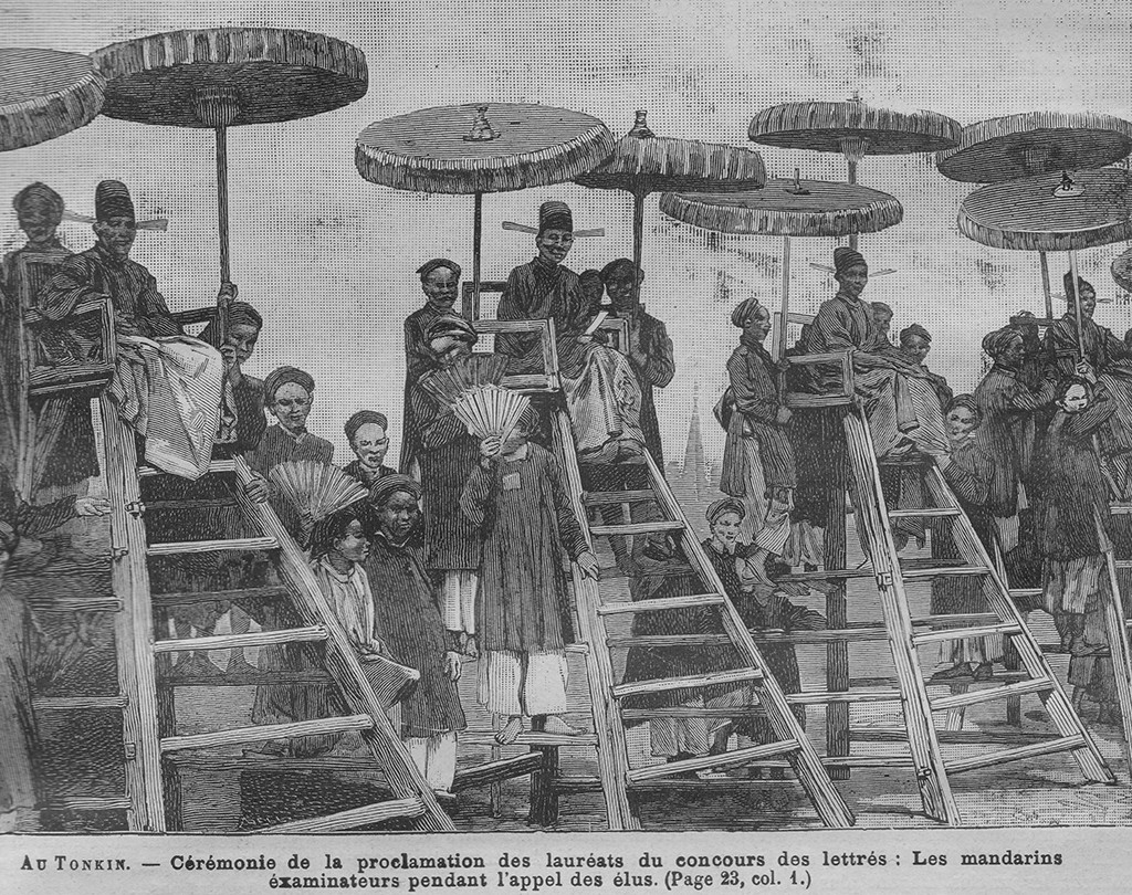 """Lễ xướng danh trường thi Nam Định năm Mậu Tý 1888 cho các thí sinh trúng tuyển làm cử nhân. Nguồn: """"L'Examen des lettres au Tonkin"""". Journal des Voyages No 601. Paris, 1889"""
