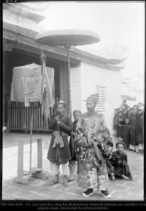 Tổng Đốc Nam Định tham dự lễ đón Tân khoa 1897. Nguồn:  OtheNet