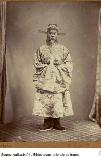 Án sát Nguỵ Khác Đản, Bồi sứ , Đoà Sứ giả Việt Nam tại Paris 1863. Nguồn:  Jacques-Philippe Potteau