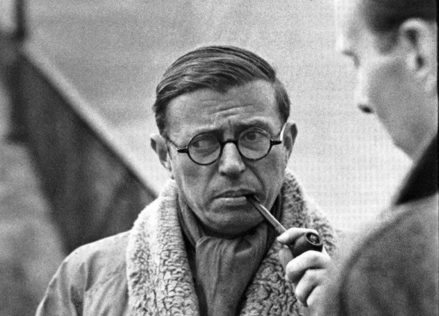 Triết gia  Jean-Paul Charles Aymard Sartre, người đã từng từ chối không nhận giải Nobel văn chương. Nguồn:  http://listverse.com/