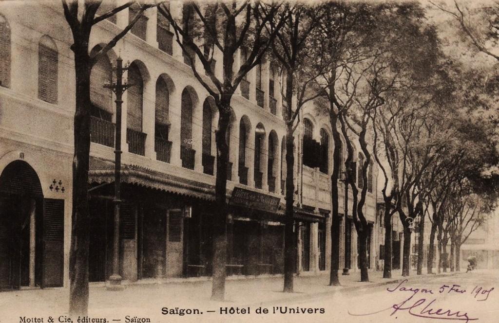 Hotel de l'Univers, 1906. Ảnh bưu thiếp 1909.