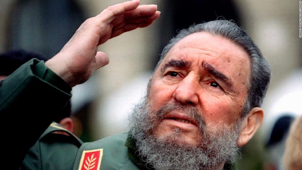 Fidel Castro (Paris 1995). Nguồn: CNN