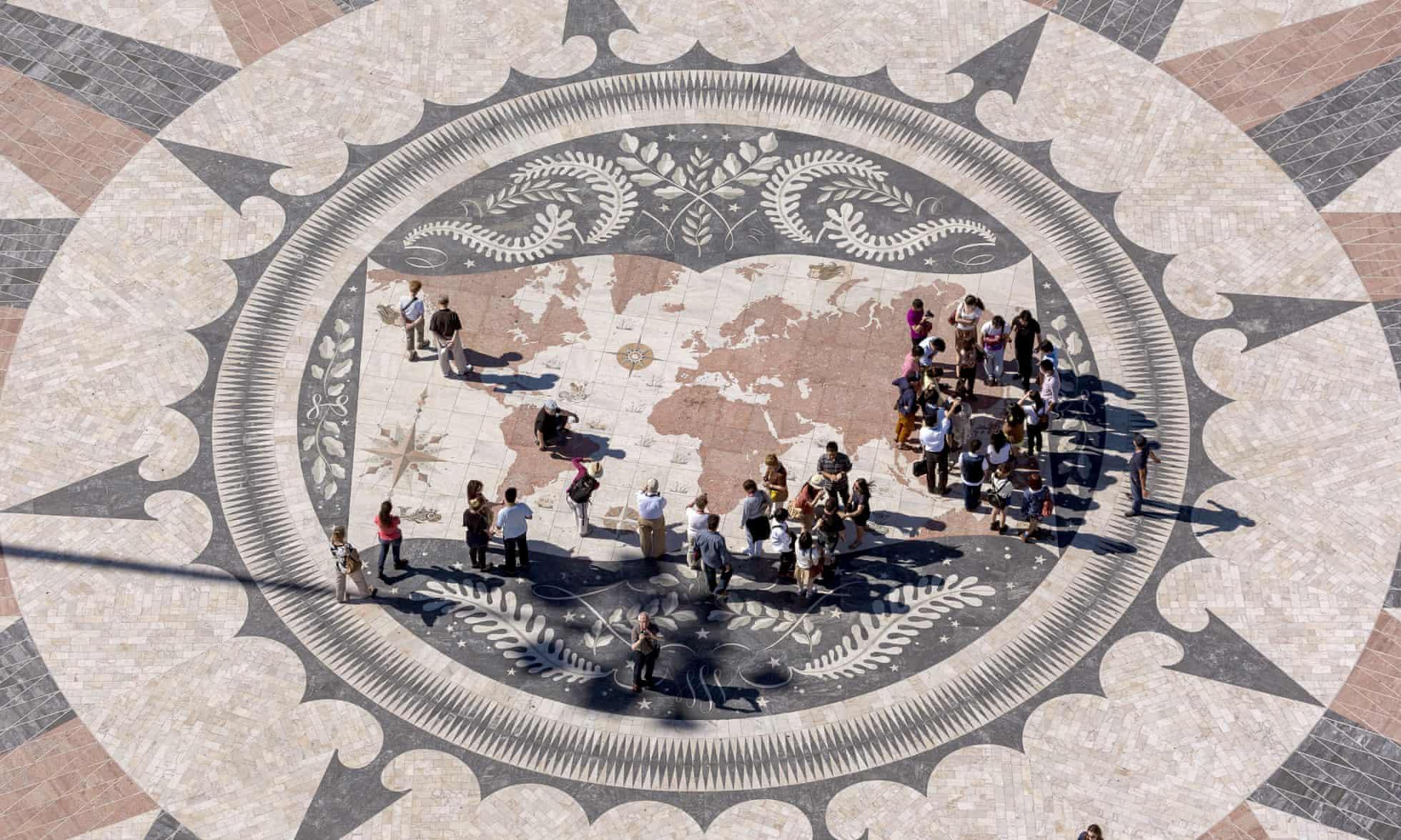 Xây dựng trên xương máucủa người nô lệ: Châu Phi đã bị xóa khỏi lịch sử thế giới hiện đại như thế nào